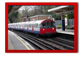 picture of a underground train at ealing station